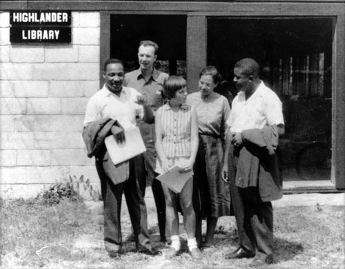 Martin Luther King, Pete Seeger, Rosa Parks, Ralph Abernathy, and Charis Horton at Highlander Institute, 1957